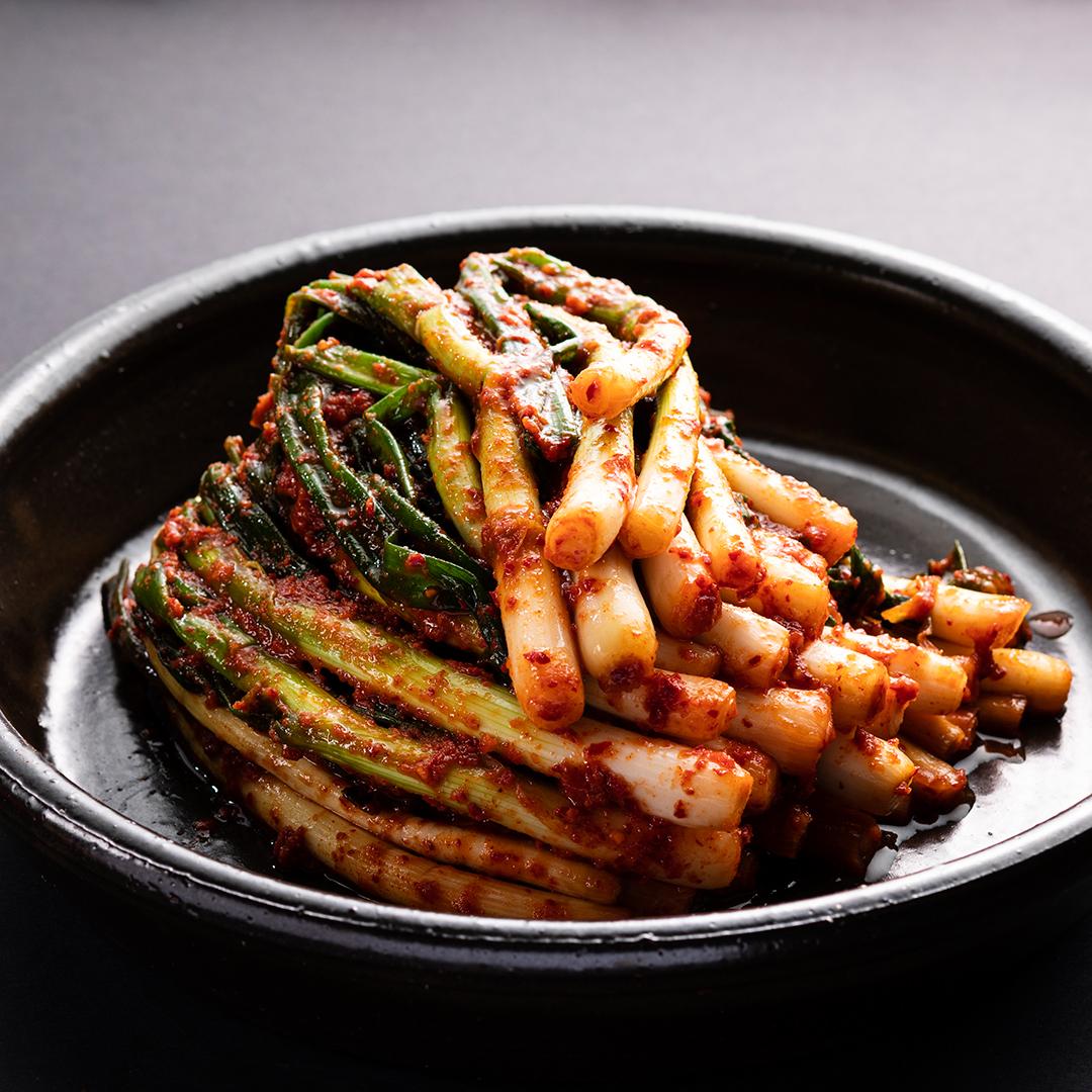 Green Onion Kimchi (파김치)